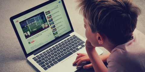 boy-watching-youtube-on-laptop2